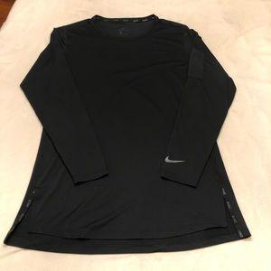 Nike Dri-Fit Long-Sleeve Performance Tee Slim